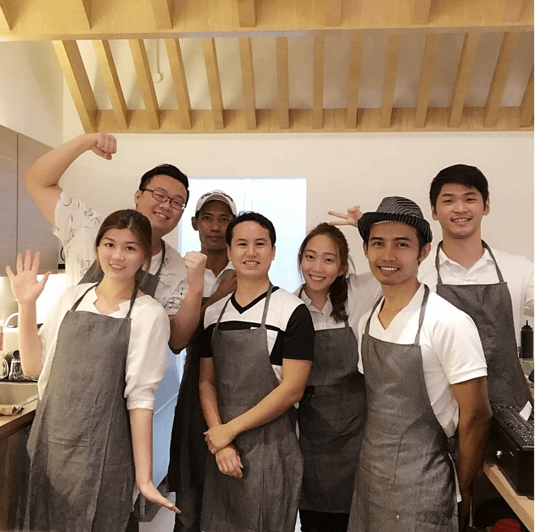 Founders Rodney Ng and Jolyn Tan (extreme left) swears by teamwork, making life a little sweeter at Miru Dessert Cafe (Photo: Miru)